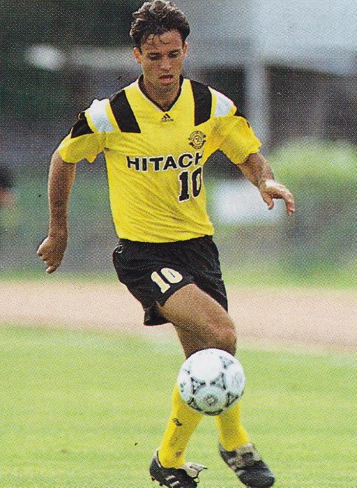 Kashiwa-Reysol-92-94-home-kit-yellow-black-yellow.jpg
