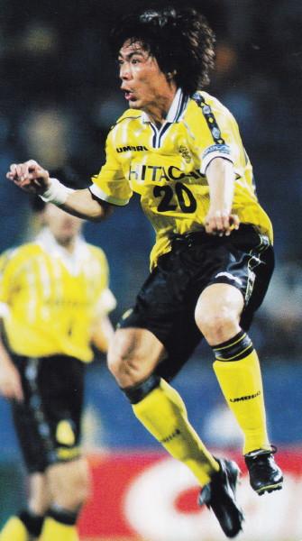 Kashiwa-Reysol-99-home-kit-yellow-black-yellow.jpg