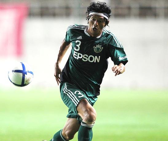 Matsumoto_Yamaga-11-adidas-home-kit-green-green-green-Matsuda-2.JPG