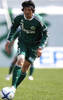 Matsumoto_Yamaga-11-adidas-home-kit-green-green-green-Matsuda.JPG